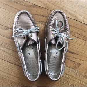 Sperry's | boat shoes (rose gold)